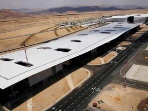 """إسرائيل"" تدشن مطارًا قرب حدود الأردن"