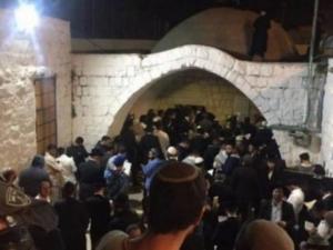خلال اقتحام قبر يوسف.. 21 اصابة في مواجهات مع الاحتلال