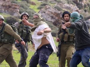 تقديرات إسرائيلية: اعتداءات المستوطنين بالضفة قد تشعلها