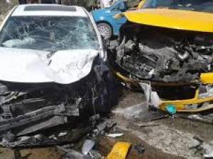 إصابات بحادث تصادم بين مركبتين غرب رام الله
