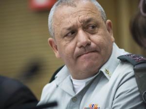 """خبير """"إسرائيلي"""": هناك احتمال لتمديد ولاية آيزنكوت عاماً أخر بسبب"""