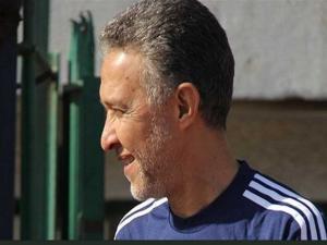 وفاة مُحلل التلفزيون المصري حزنًا على هزيمة منتخب بلاده أمام السعودية -( تغريدات و فيديو)