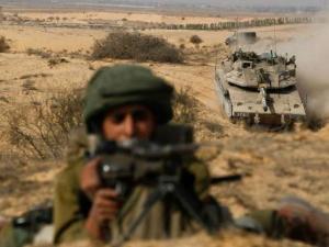 جيش الاحتلال: ننتظر رد الحكومة لعملية برية في غزة
