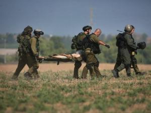 الاحتلال يعلن إصابة أحد جنوده بالرصاص جنوب قطاع غزة