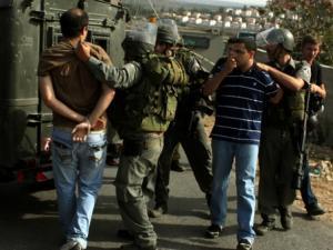 الاحتلال يعتقل ثلاثة مواطنين من بيت لحم