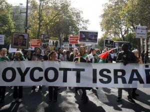 جهود إسرائيلية مالية وقانونية ضد حركة المقاطعة العالمية
