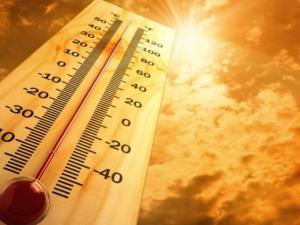 أجواء خماسينية والتحذير من التعرض لأشعة الشمس