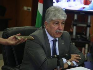 حماس تهددني بالقتل.. مجدلاني: 70% أو راتب كامل لموظفي السلطة بغزة الشهر القادم