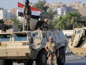 مقتل 4 ضباط مصريين غرب سيناء