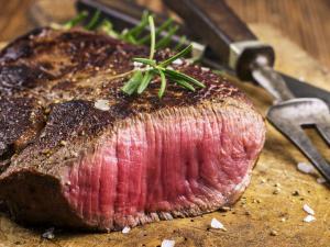 لن تتناول اللحوم بعد قراءة هذا الخبر!