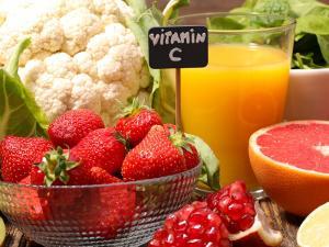 """فيتامين C"""" يساعد في خفض مستوى السكر لمرضى السكري"""