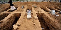 بالفيديو: قضى ليلة داخل القبر.. كيف وصف تجربته؟